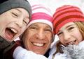 Новогодние скидки на протезирование и имплантацию зубов
